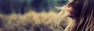 Stop rozlietaným vlasom